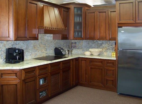 Walnut Shaker Wood Cabinets