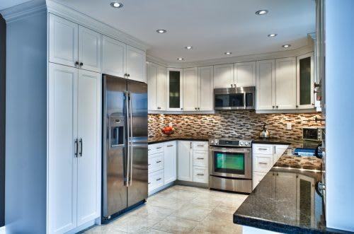 u-shape-traditional-kitchen