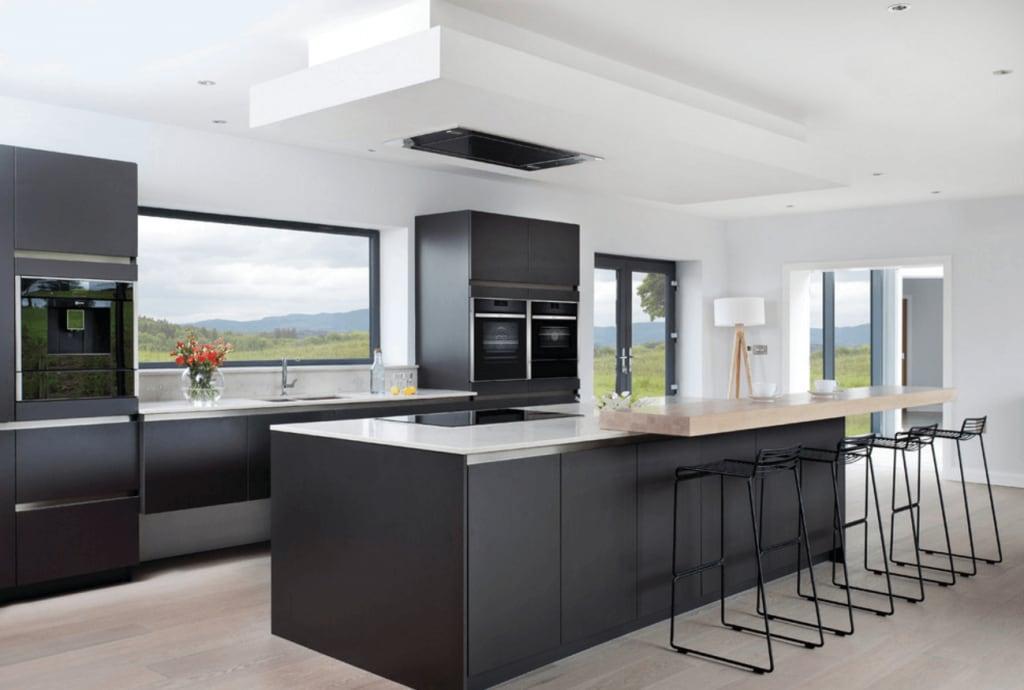 black-kitchen-ideas