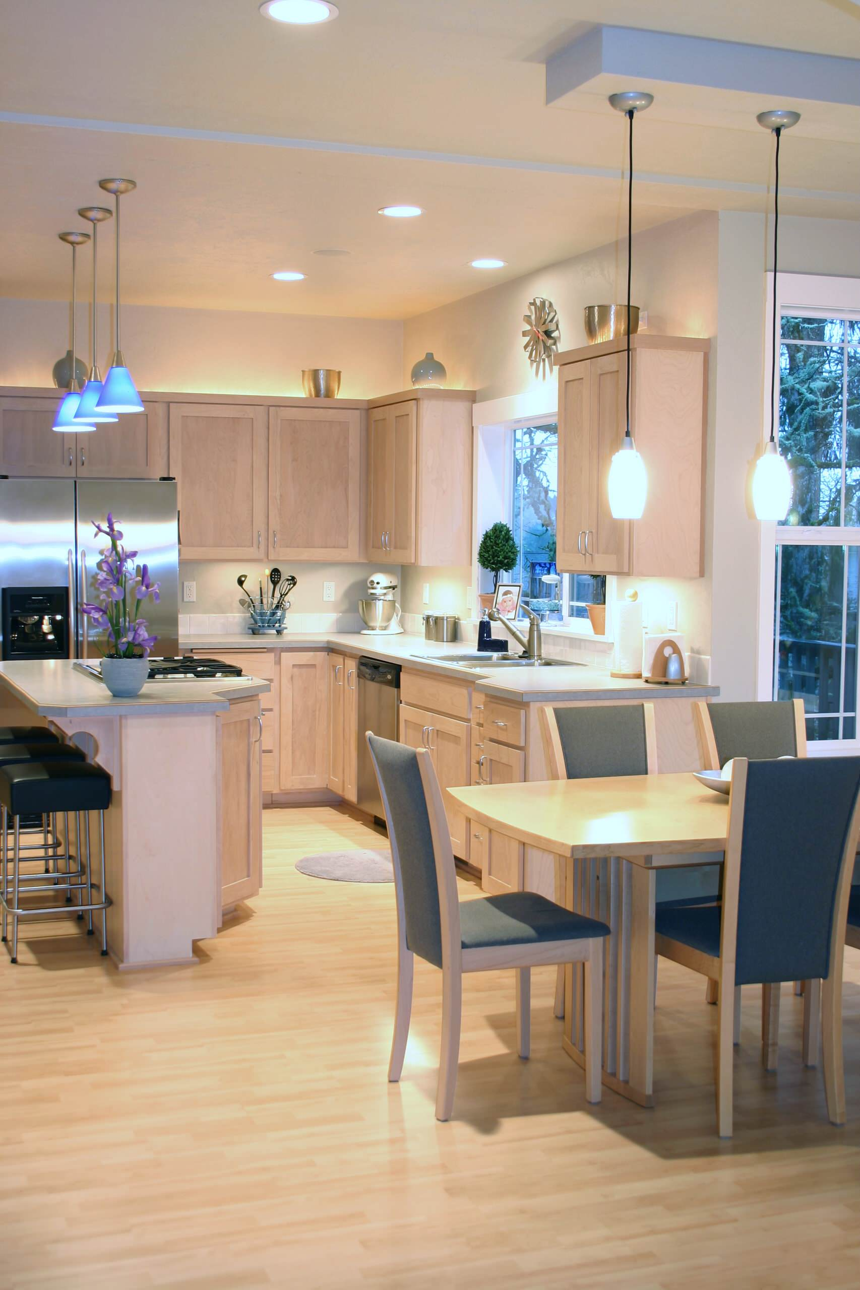 A WellLit Kitchen Best Online Cabinets - Good lighting for kitchen
