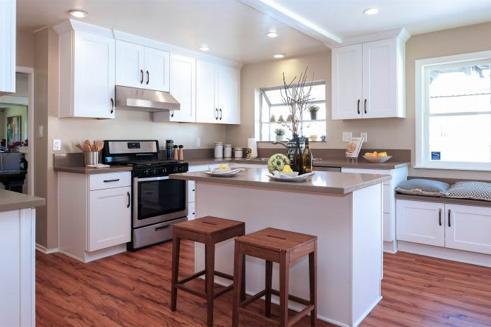 What is a Shaker Style Kitchen Cabinet? - Best Online Cabinets