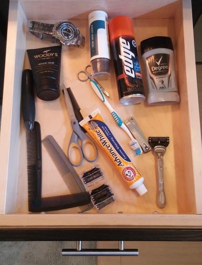 shut-drawer-scatter-messy