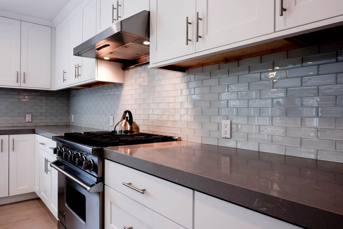 Advantages of Selecting Shaker Style Cabinets - Best Online ...