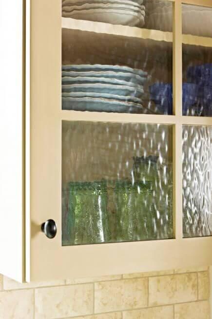 Retro Textured Glass Upper Kitchen Cabinets
