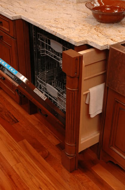 pull-out-towel-storage-cabinet