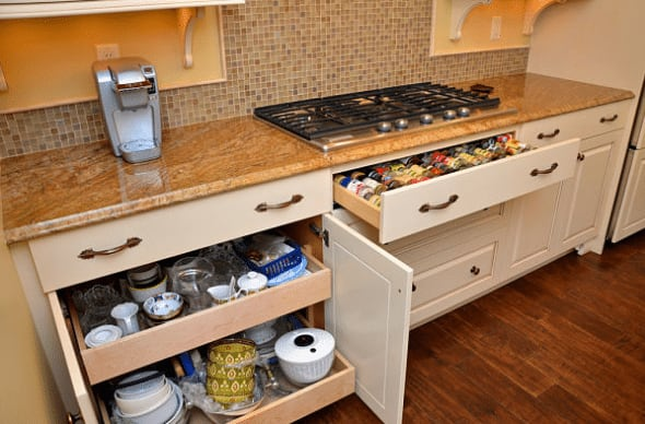 roll-out-base-cabinet-tray