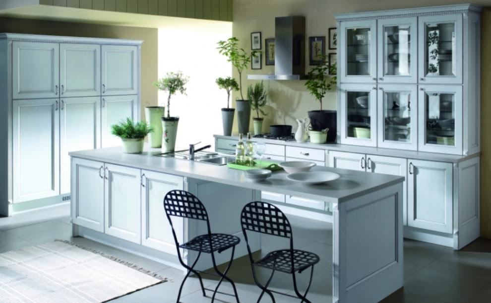 white-kitchen-cabinets-formaldehyde-free-plywood