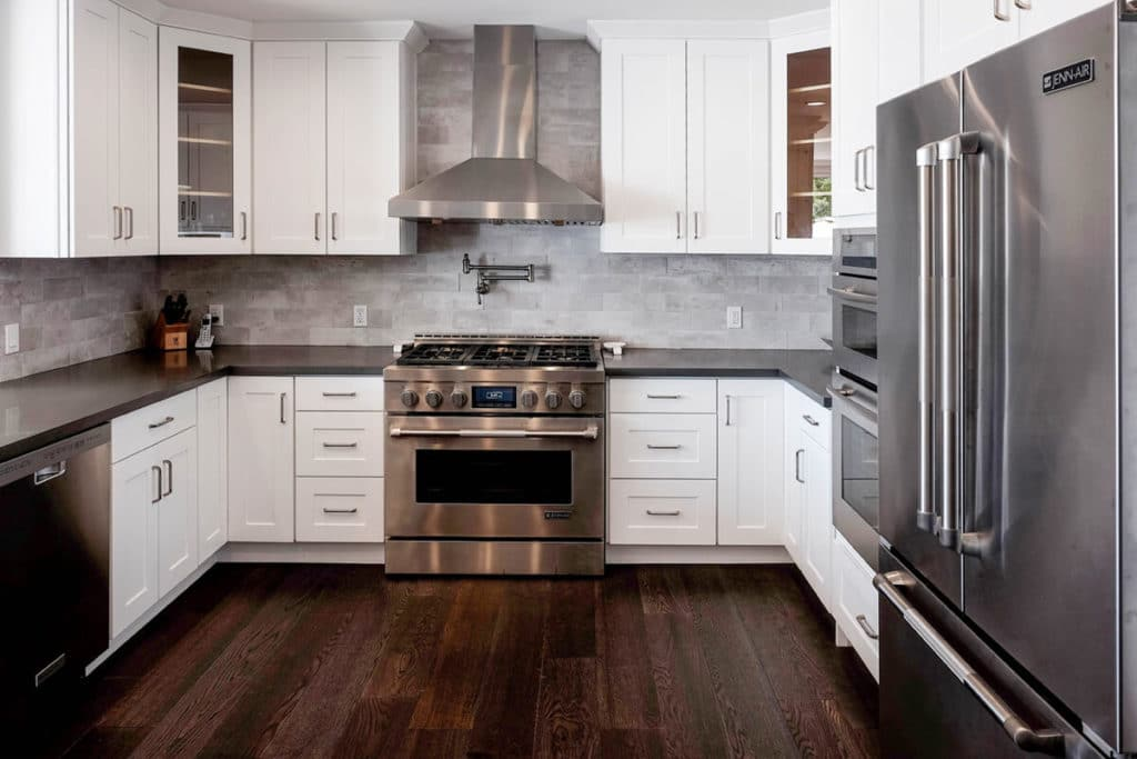 20 REASONS AMERICANS LOVE SHAKER KITCHEN CABINETS - Best ...