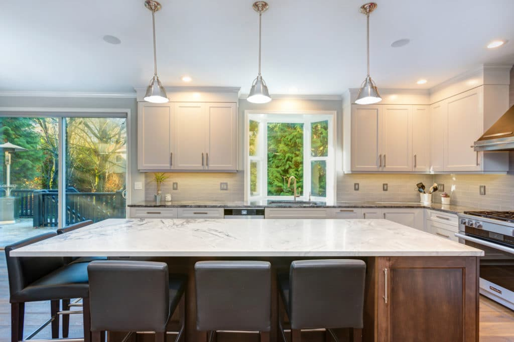 20 reasons americans love shaker kitchen cabinets - best