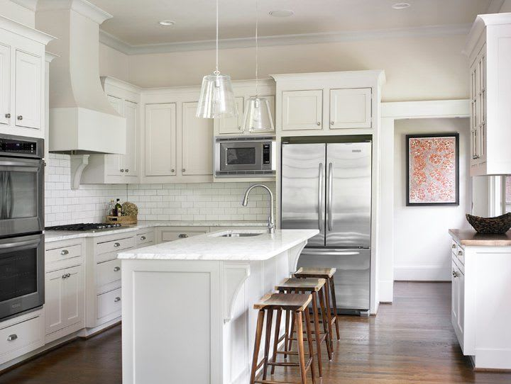 white shaker kitchen island