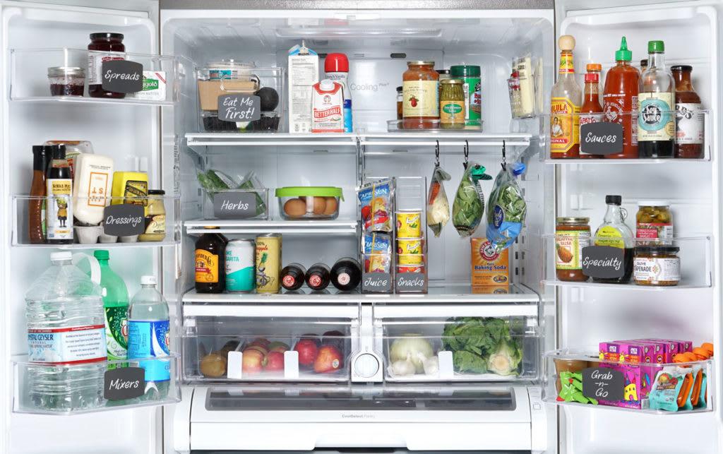 kitchen organization clean fridge